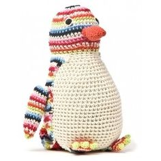 crochet penguin...anyone want to make this for me?? :)