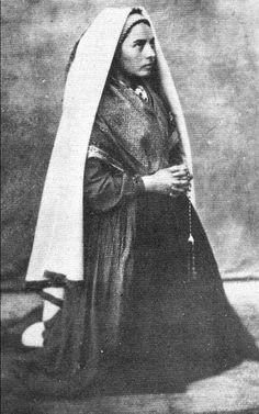 Bernadette Soubirous (1844 - 1879)