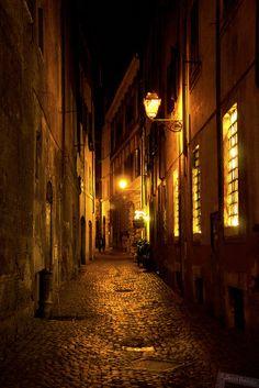 Rome Alleyway