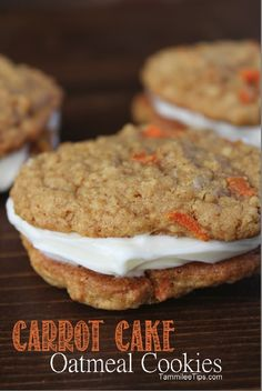 Carrot Cake Oatmeal Cookies Recipe- I bet these are good. Want to try them with turbinado and orange zest on top like Chris does with the carrot cake cupcakes. Cookie Recipes, Baking Recipes, Dessert Recipes, Picnic Recipes, Picnic Ideas, Picnic Foods, Burger Recipes, Pie Recipes, Recipies