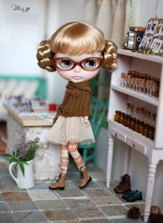 Miss yo hand-knitted twist pattern winter opera cape for Blythe doll - doll outfit - Brown. $22.90, via Etsy.