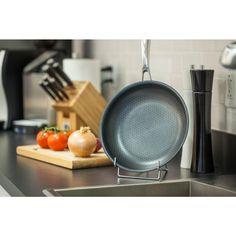 9.5 in. Non-stick Frypan in Stainless