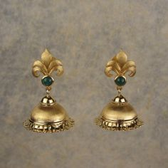 Fleur de Lis' Jhumki - Celebrating the warm glow of yellow gold, this pair of jhumkis has been styled with a hint of the rennaissance period in Indian jewellery.