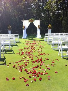 who wouldn't want to walk down this aisle?