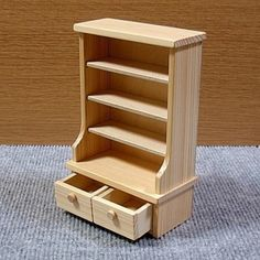 Miniature furniture and bookshelf, Pine Furniture, Home Decor Furniture, Pallet Furniture, Furniture Projects, Woodworking Projects That Sell, Woodworking Furniture, Woodworking Plans, Miniature Furniture, Dollhouse Furniture