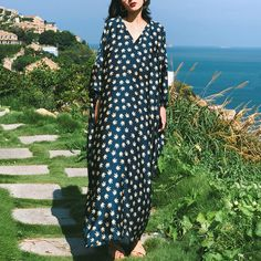 V-Neck Floral Resort Style Casual Loose Maxi Long Sleeve Dress For Wom – Babakud Types Of Sleeves, Dresses With Sleeves, Bohemia Dress, Resort Style, Holiday Dresses, Trendy Dresses, Fashion Prints, Dresses Online, Long Sleeve