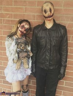 Hallowen Costume Couples Colleen: A subtle grin creeps upwards on his face, a light twitch, tremendous amounts of blood slowly leak from his smile, as he picks up the doll. She has large eerie. Halloween 2018, Costume Halloween, Looks Halloween, Halloween Inspo, Creepy Halloween, Halloween Horror, Diy Couples Halloween Costumes, Costume Ideas, Group Halloween