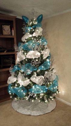 Deco Mesh on Christmas tree! Genius idea! Turned out so good!!