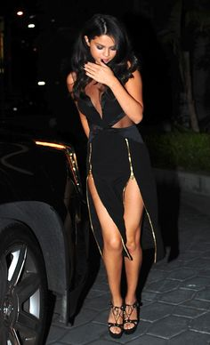 Selena Gomez - Leaving an after party for VMA's 2015