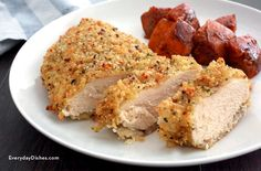Quinoa-crusted chicken, baked not fried, for a healthy and delicious dinner! Use leftover quinoa if you have it for an easy meal.