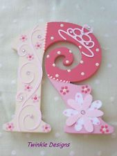 Pretty personalised girls Princess wooden letter/name - Wood Letters Fancy Letters, Floral Letters, Diy Letters, Letter A Crafts, Wood Letters, Letters And Numbers, Framed Letters, Letter Art, Painting Wooden Letters