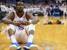 Kevin Durant of the Oklahoma City Thunder sits on the court as Russell Westbrook makes three free throws against the Los Angeles Clippers to take the lead in Game Five of the Western Conference. Kevin Durant, Durant Nba, Nba Memes, Sports Memes, Lance Stephenson, Thunder Vs, Nba Funny, Funny Memes, Basketball Is Life