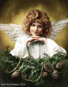 Vintage Christmas Angel colorized by Gisele Nash (Zeldave) 2014