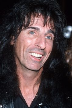 Alice Cooper, Rock Artists, Music Artists, Rock N Roll Music, Rock And Roll, 1970s Bands, Go Ask Alice, Jimmy Page, Music Life