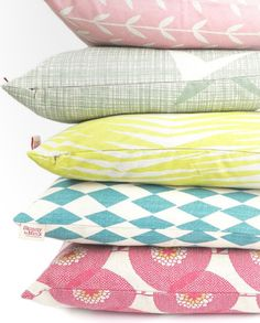 Get ready for the summer with Skinny laMinx cushion covers. Find them on the Skinny laMinx online shop. Bed Pillows, Cushions, Mid Century Modern Decor, Textiles, Chair Upholstery, Fashion Room, Cute Pattern, Home Decor Trends, Soft Furnishings