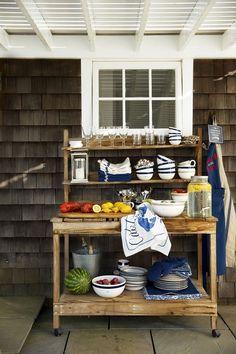 Outdoor entertaining buffet via Heart Home Magazine