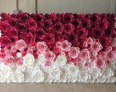 いいね!2,125件、コメント14件 ― Paper Artさん(@lgenpaper)のInstagramアカウント: 「Repost @moniquepaperart Work done  8ft x 13ft flower wall ❤️❤️❤️ ------- #paperflowers…」