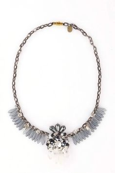 stone crystal necklace http://www.totemshop.in.ua/collection/kolie/product/kolie-gornyy-hrustal-i-gematit