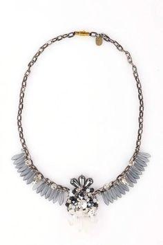 stone crystal necklace http://www.totemshop.in.ua/collection/kolie/product/kolie-gornyy-hrustal-i-gematit