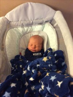 Baby Boy Newborn, Baby Boys, Bouncer Swing, Cutest Babies, Brother, Pandas, Boy Babies, Cutest Babies Ever, Little Boys