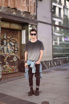 grey t shirt sunglasses jeans shoes black denim tumblr streetstyle men style fashion