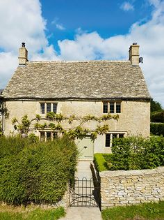 Cotswold Stone Country House - Period Living
