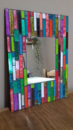 Espejos Mosaic Mirrors, Hobbies And Crafts, Stained Glass, Frame, Ideas, Home Decor, Mirrors, Moldings, Mosaics