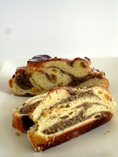 German Christmas Breakfast treat -Garmisch Nut Stollen is a yeasty sweetbread dotted with golden raisins and marbled with a ground walnut filling. Christmas Stollen Recipe, Christmas Bread, Christmas Food Gifts, Merry Christmas Wishes, Christmas Breakfast, Christmas Desserts, Christmas Baking, German Christmas, Xmas