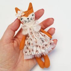 Another sweet mini doll ready to be adopted. Listings coming soon! #clothdoll #handmadedoll #fabricdoll #textiledolls #heirloomdolls #collectordolls #ooakdolls #ooakclothdoll #handmadetoys #minidoll #miniatureclothdoll #miniaturedoll #tinydoll #miniclothdoll #fox #foxdoll #foxclothdoll #woodlandtheme #woodlandanimals #woodlanddoll #woodlandtoys #etsy #madewithlove #madeinaustralia #deerdarlingdolls