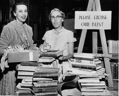 25 Vintage Photos of Librarians Being Awesome