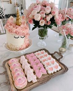 Rach Parcell (Pink Peonies): The sweetest birthday scene for the sweetest birthday girl! Rach Parcell Instagram, Baby Girl 1st Birthday, Birthday Cake, 8th Birthday, Birthday Ideas, Easter Brunch, Easter Treats, Pink Peonies, Peony