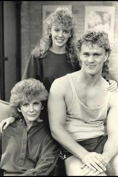 Classic Neighbours, do you remember these characters? 90s Childhood, My Childhood Memories, 90s Nostalgia, First Tv, Day Of My Life, Teenage Years, Kylie Minogue, Classic Tv, Women In History