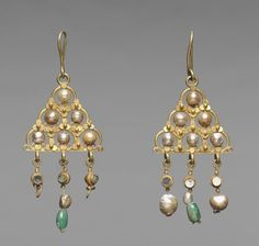 Jewelry OFF! Byzantium early Byzantine period century gold pearls glass and emeralds Overall: x cm x 1 inches). Byzantine Gold, Byzantine Jewelry, Renaissance Jewelry, Medieval Jewelry, Ancient Jewelry, Victorian Jewelry, Antique Jewelry, Vintage Jewelry, Viking Jewelry
