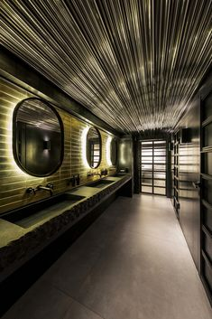 Image 11 of 32 from gallery of Fish Restaurant CATCH / YoDezeen studio. Photograph by Andrii Shurpenkov Toilet Restaurant, Restaurant New York, Seafood Restaurant, Cafe Restaurant, Restaurant Design, Restaurant Bathroom, Restaurant Interiors, Slytherin, Restaurant Pictures
