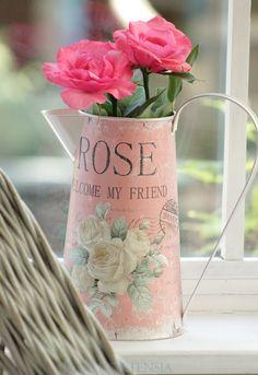 Blue Hortensia: Ruže,čaj i kolači..