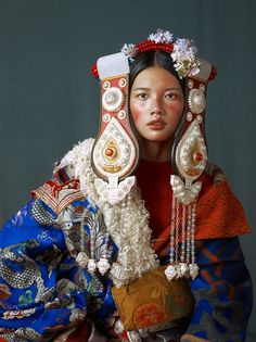 Elaborate Fashion Photography By Kiki Xue Costume Ethnique, Character Inspiration, Character Design, Rose Croix, Ethno Style, Beauty Around The World, Folk Costume, Costumes, People Of The World