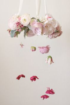 Learn How To Make This Adorable DIY Flower Chandelier With Faux - Beautiful diy white flowers chandelier