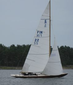 6mR  FIN 22 - Woodwind Yachts, Classic Wooden Boat Restoration, Repairs, Sales