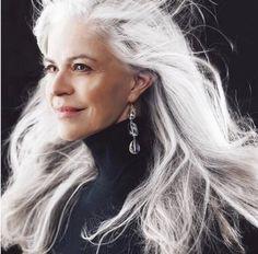 Ageless Beauty, Going Gray, Hair Styles, Revolution, Silver, Decor, Fashion Styles, Hair Plait Styles, Grey Hair