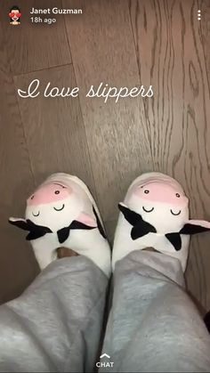 Slippers, Snoopy, Fictional Characters, Shoes, Sneakers, Shoe, Shoes Outlet, Slipper, Footwear