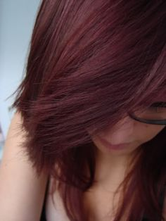 Love this! and as soon as I gets the moola BAM red hair again! Stupid sunshine fading my hurss back to blonde. :P