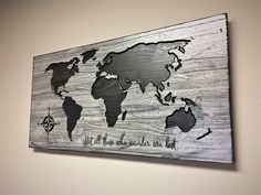 Canvas Art Print White WORLD MAP On Rustic Wood Panel Vintage - Vintage world map on wood