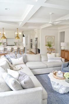 My 2020 Spring home tour- giving you lots of light and bright warm weather decorating ideas! Home decor for spring, blue and white Home Living Room, Living Room Designs, Living Room Decor, Coastal Living Rooms, Living Room Sectional, Cozy Living, Small Living, Modern Living, Sectional Sofa
