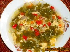 Ciorba de salata verde. Cu zeama de varza si ou | Papamond