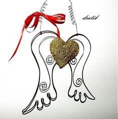 drotik / Anjelské krídla so zlatým srdiečkom..♥
