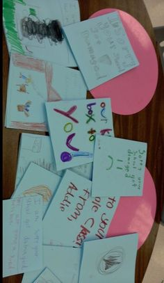 Pic Look at all the wonderful notes of encouragement and support Mary Carlson's students sent to students affected by the tornadoes in Texas. Way to go kids! Tornado Texas, Global Citizen, Tornadoes, Encouragement, Students, Mary, Notes, How To Get, Kids