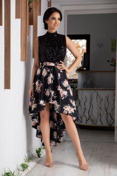 ROCHII DE SEARA SI DE ZI Cauti o rochie de seara sau de zi pentru ocazie? Vezi colectia noastra de rochii si alte articole vestimentare, potrivite pentru: nunta, botez, aniversare, onomastica, sarbatori, banchet, club.} Blouse Styles, Party Wear, Blouses For Women, High Low, Fashion Outfits, Floral, Hair Styles, How To Wear, Black