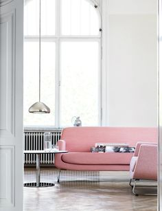 ROSE QUARTZ AND SERENITY: THE COLORS OF THE YEAR BY PANTONE_see more inspiring articles at http://www.homedesignideas.eu/rose-quartz-serenity-colors-of-the-year-pantone/
