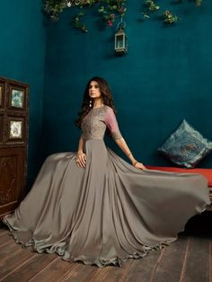 SR Silver With Pink Minimalist Embroidered Anarkali - Hatkay Shadi Dresses, Indian Gowns Dresses, Pakistani Dresses, Stylish Dresses, Simple Dresses, Elegant Dresses, Beautiful Dresses, Frock Fashion, Fashion Dresses