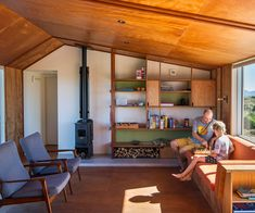 This Te Horo holiday home proves the classic Kiwi bach is not extinct Home Interior Design, Interior Architecture, Interior And Exterior, Ancient Architecture, Sustainable Architecture, Landscape Architecture, Cabin Interiors, At Home Store, Prefab